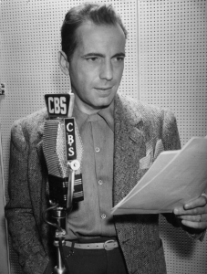 Humphrey_Bogart_1945